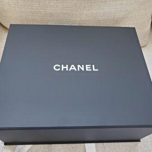 CHANEL Bags - Chanel Gris Medium Boy Bag